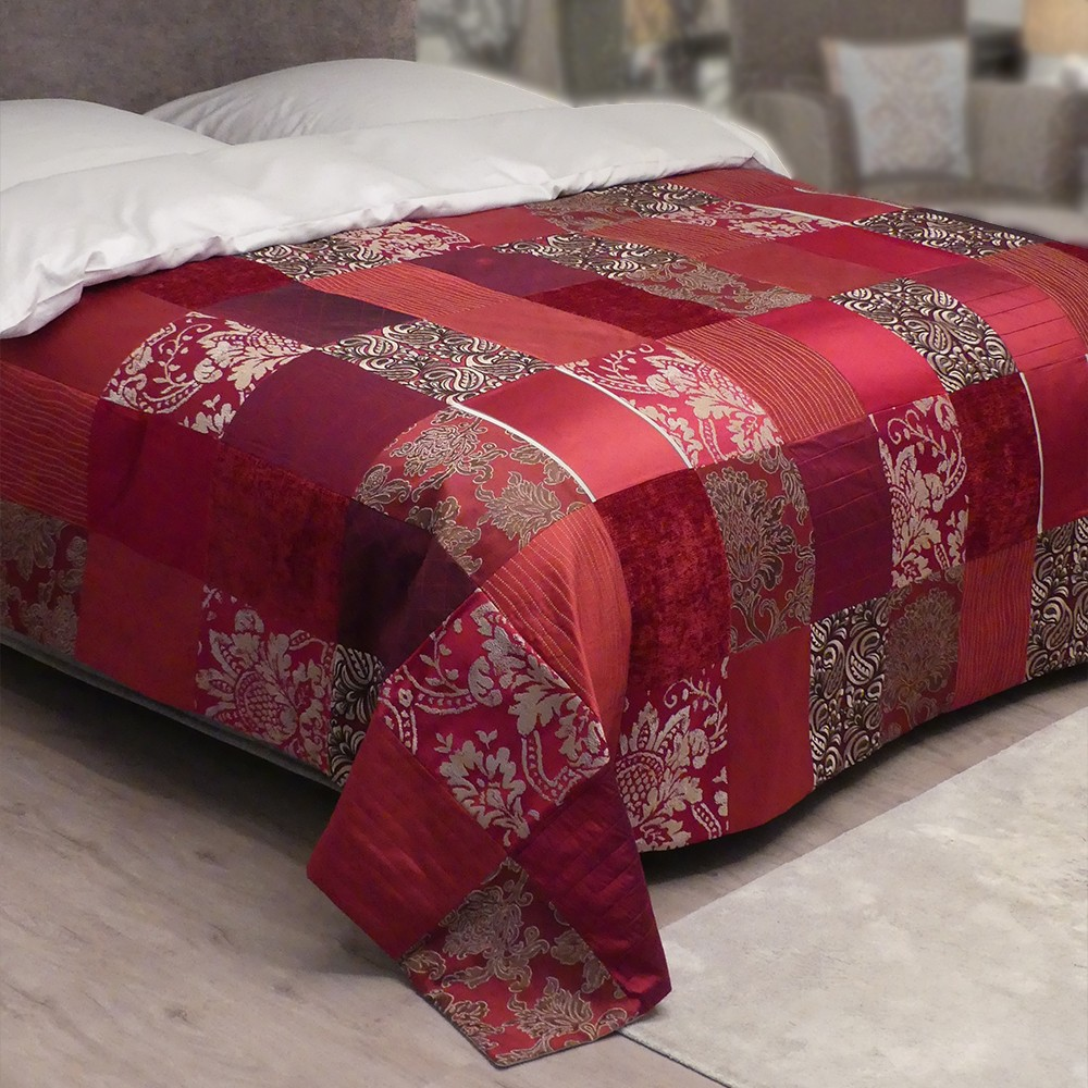 patchwork tagesdecke rot online kaufen zawoh. Black Bedroom Furniture Sets. Home Design Ideas