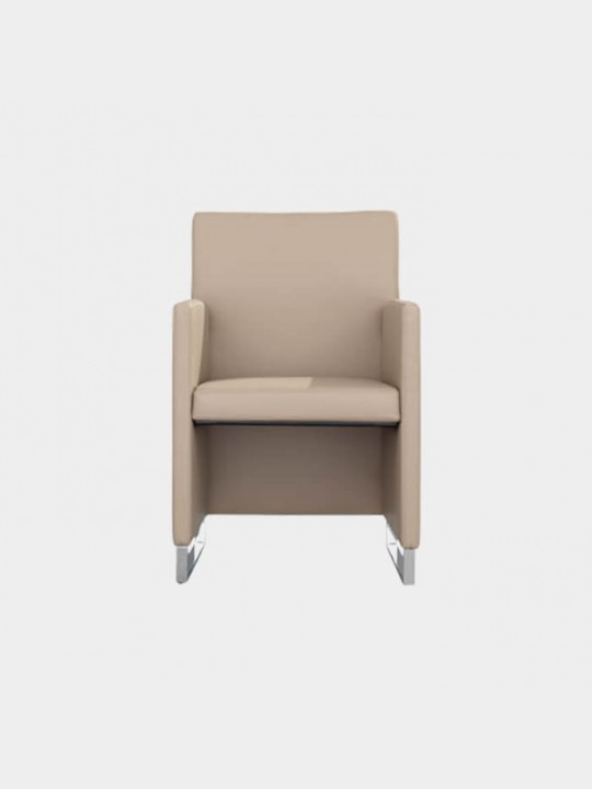 Dauphin Home Reale Sessel